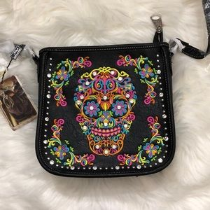 Montana West • Crossbody sugar skull purse